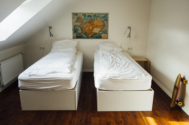 dvoulůžkový pokoj.jpg
