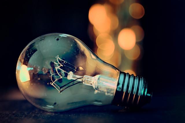 světýlka za žárovkou.jpg