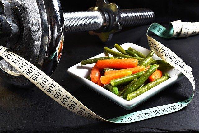 zelenina, metr a čínka.jpg